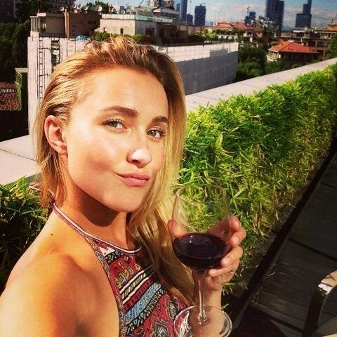 Hayden Panettiere Reveals Her Tips for Long Natural Eyelashes