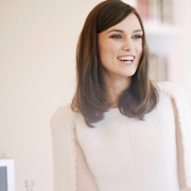 Keira Knightley on Shopping Online & Receiving Chanel Freebies