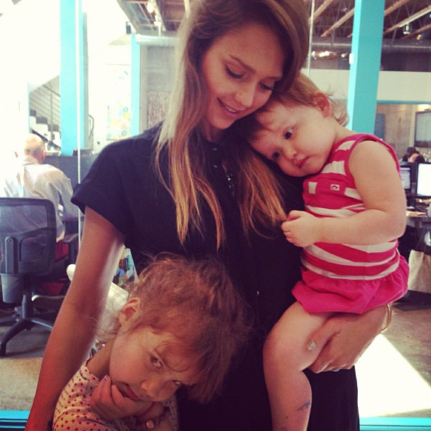 Jessica Alba Given Fashion Advice by Her Daughters