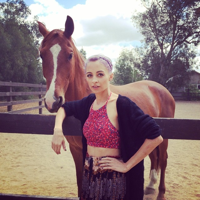 Nicole Richie Tries to Stay Away From Fashion Trends