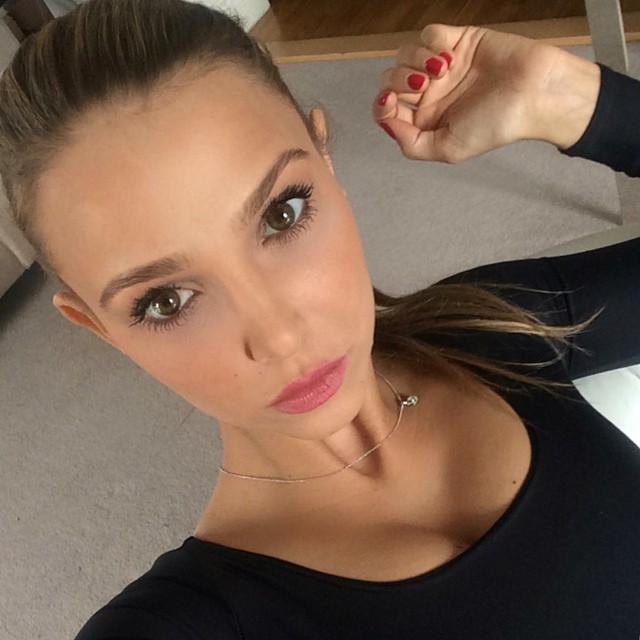 Sophie Hermann Shares Her Makeup & Beauty Secrets