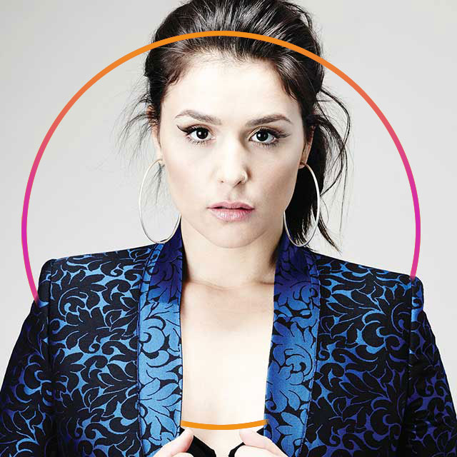 Jessie Ware Takes Makeup Tips From Her Mother