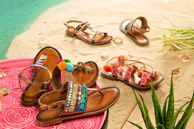 Look and Feel Great: The Most Stylish and Popular Sandals to Buy in 2019
