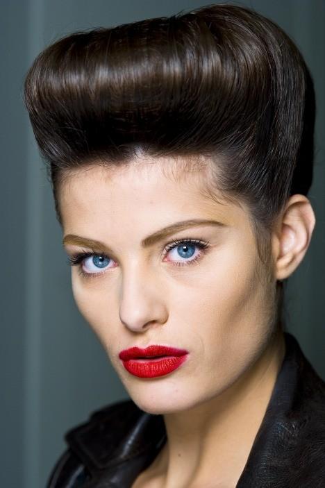 Matte Red - 5 Stylish Alternatives to Classic red lipstick
